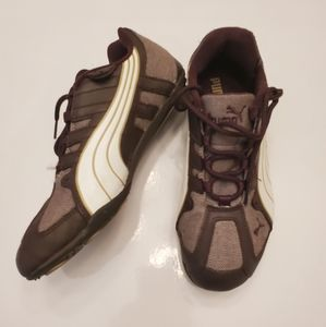 Puma Soft & Leather Sneakers size 7